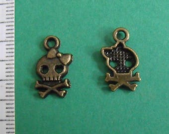 set of 4 charms bronze head skull 16mmx9mm