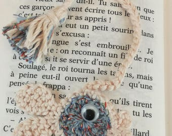 Bookmark funny fish crocheted in cotton