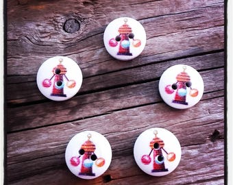 set of 5 buttons, circus, Carnival, the Cup