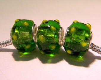 bead charm European glass lampwork - 14 x 11 mm - Green - D33