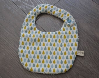 Fabric bib drops with a snap