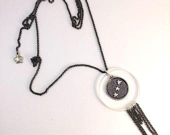 Glitter necklace