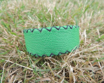 hand stitched green leather bracelet