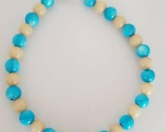 beaded bracelet / beaded jewelry / shell bead bracelet / blue bracelet / natural shell bracelet / turquoise bead bracelet / women's bracelet