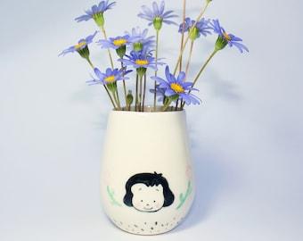 Handmade by Hesukinae Studio, A Little Lady Flower Vase, Handmade Vase, Ceramic Vase