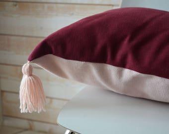 Cotton pillow and linen tassel