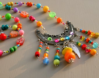 Colorful long necklace in ethnic style beads