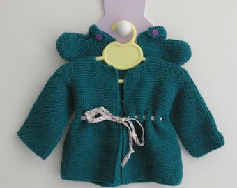 All baby vest with tightened by link and emerald green babies 3-6 months size