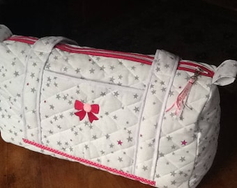 Diaper Bag baby white quilted fabric and fuchsia with Fuchsia trim embroidered bow.