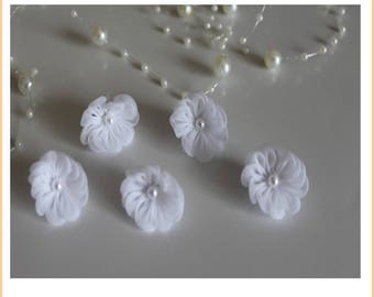 set of 5 white organza flowers and Pearl 2cm for customization