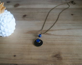 Midnight Blue cabochon necklace with a Pearl and a filigree