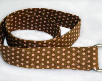 Brown fabric adjustable belt with pink polka dots