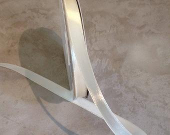 Pearly shiny 10 mm white satin ribbon