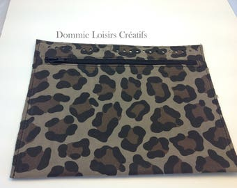 Pocket perforated rectangle purse Trapilho - Panther - 25 x 20 cm