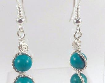 Boucles d'oreilles fils torsadés perles turquoise