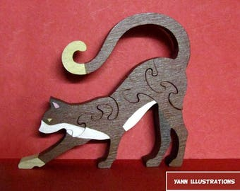 Wooden cat puzzle painted fretwork