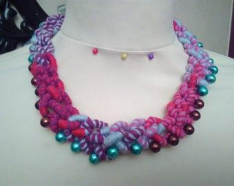 Handwoven macrame necklace