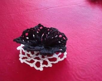vinatage handmade flower brooch