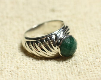N121 - 925 sterling silver ring and stone - green Aventurine faceted round 9mm