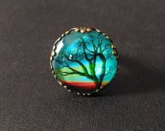 Carved tree bronze ring