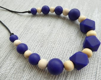Navy Teething necklace / Silicone teething necklace / Nursing necklace / Baby teething / Necklace teether / Breastfeeding / Chewelry /
