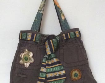 Brown canvas bag decorated with a pretty tie and roundels - flowers