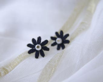 Earring flower lace black Gothic Victorian lolita retro