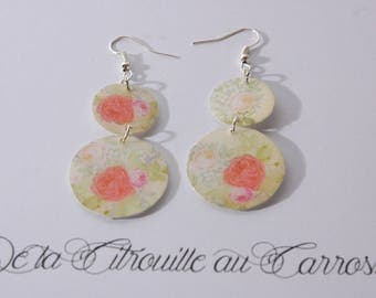 Earrings Chandelier, coral and beige floral pattern