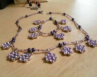 set (necklace and bracelet) colorful, original, (purple)