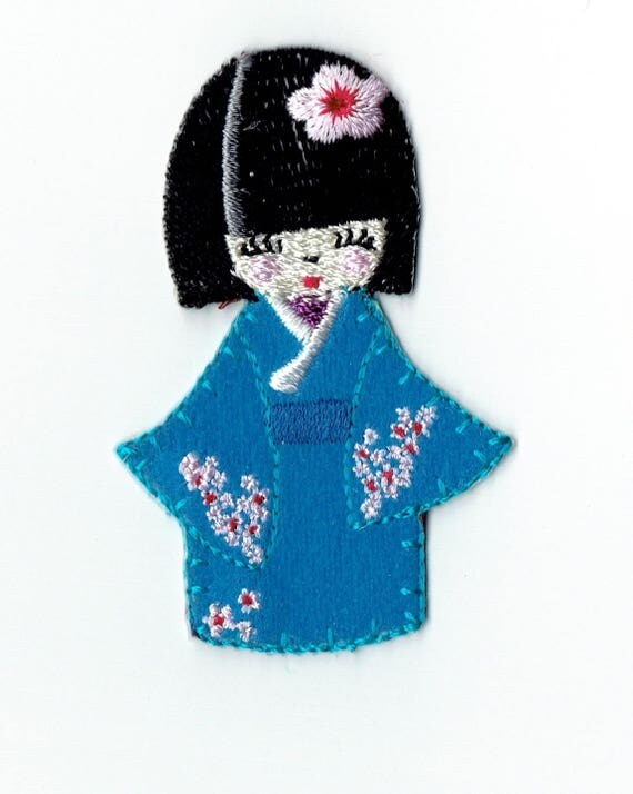 """Patch fusible trend blue """"kokeshi"""" pattern"""