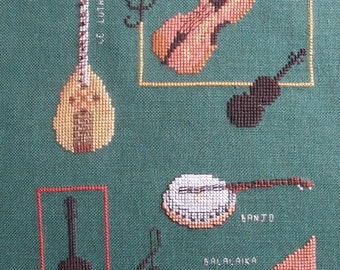 "Embroidery ""the ropes"" cross stitch on green background"