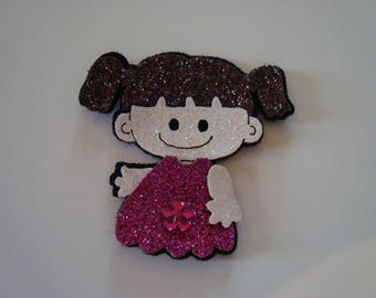 Small character stick girl with quilts a pink dress - glitter