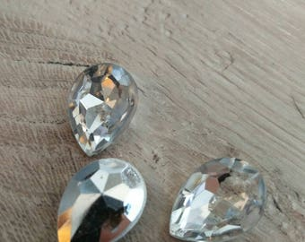 clear white teardrop shaped cabochon