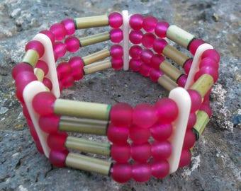Bamboo bracelet raspberry four rows