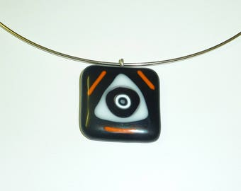 """Salem witch"" pendant in fused glass"