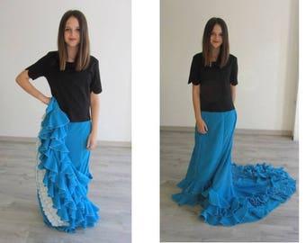* ° ° ° ° Reserved * ° ° ° skirt de Seville, cola Bata, turquoise blue crepe