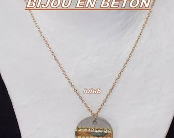 New design; the concrete with gold color chain necklace