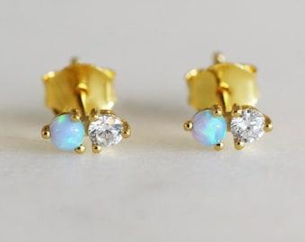 Opal beauty studs