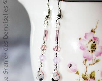 Pair of dangle earrings silver romance / pink glitter flowers