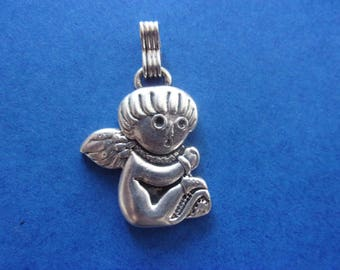 Sitting Angel pendant, antique silver - 3.6 cm