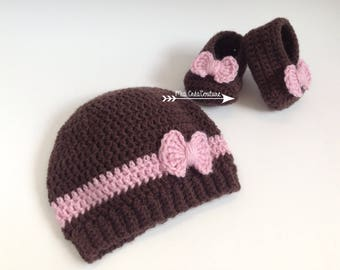 Set hat and booties baby girl pink and Brown - size 0-3 months