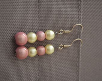 Dangling earrings - Chic and tender - Pearl cream and pink