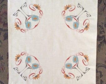 Arts and Crafts Style Handmade Square Table Linen