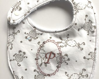 Personalized with the initial of baby bib