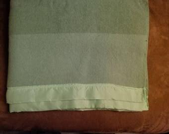 Vintage 4 Point 100% Wool Blanket