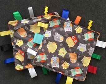 Multicolor owl tag blanket, tag blanket, baby shower, baby tag blanket, tag rag, owl tag blanket, baby blanket, non gender, taggie blanket