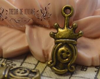 set of 10 QKA030 pendant, Queen, bronze