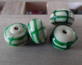 1 x 14mm striped glass bead