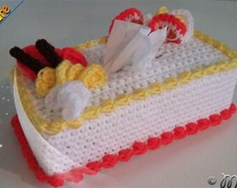 crochet cover box tissue, cake, decorative useful, made in Quebec, original gift, anniversary, tissue box cover
