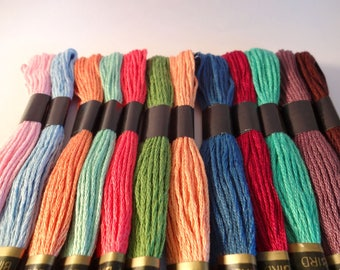 12 skeins yarn embroidery - bracelets - child activities (A lot)